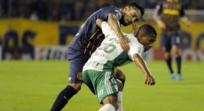 HOME - Rosario Central x Palmeiras - Copa Libertadores - Matheus Sales e Pablo Alvarez (Foto: Stringer/AFP)