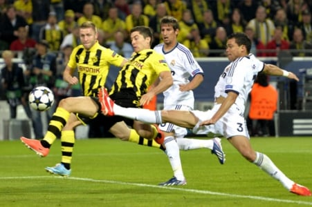 Gol do Lewandowski - Borussia Dortmund x Real Madrid (Foto: Odd Andersen/AFP)