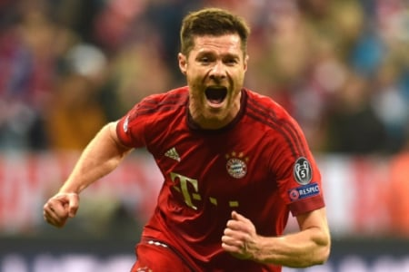Xabi Alonso - Bayern de Munique x Atletico de Madrid