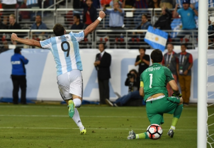 Higuain - Argentina