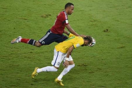 6/9 (21h45) - Brasil x Colômbia - Neymar mais uma vez reencontra a Colômbia, de triste lembrança na Copa. Jogo é pelas Eliminatórias dessa vez