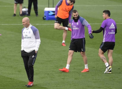 Benzema, Zidane e James Rodríguez - Treino do Real Madrid