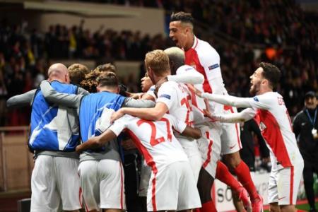 Jogadores comemoram gol de Germain - Monaco x Borussia Dortmund