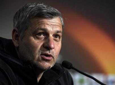 Onze adeptos detidos antes do Lyon-Ajax — França