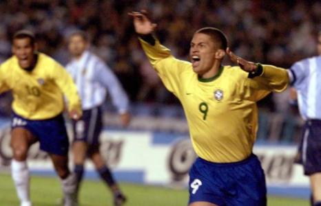 Brasil 3x1 Argentina - 26/07/2000 em São Paulo (Eliminatórias)