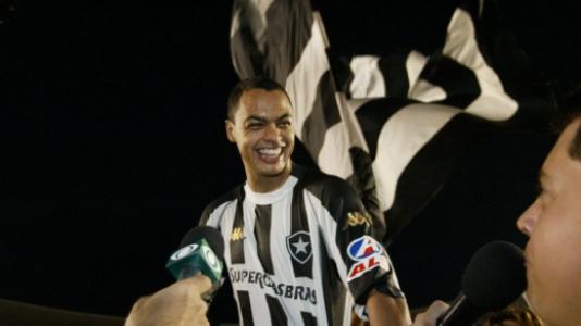 6be248248ff25 Mística camisa 7 do Botafogo é a mais rodada no elenco em 2018