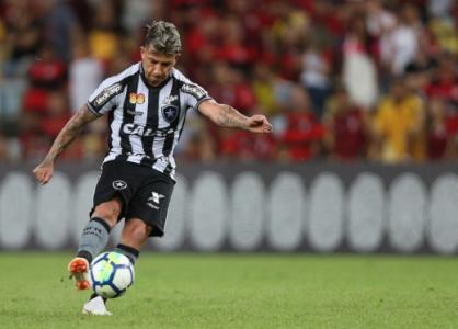 Leo Valencia - Botafogo