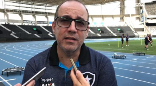 d73079171a Dirigente do Botafogo anuncia brinde para os primeiros 10 mil ...