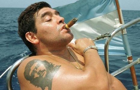 Maradona tatuagem Che Guevara