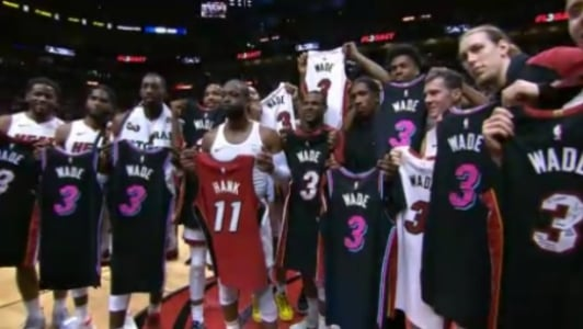 Wade se despede da torcida do Heat