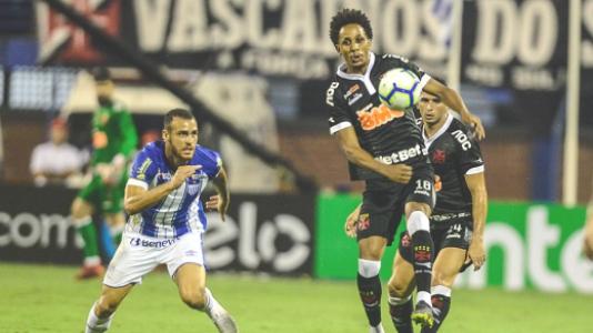 Avaí x Vasco Lucas Mineiro