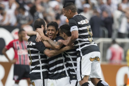 Corinthians 6 x 1 São Paulo - 2015