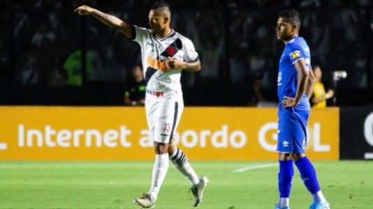 Vasco x Cruzeiro - Guarín