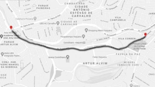 Avenida Sport Club Corinthians Paulista liga o bairro de Artur Alvim ao estádio do Timão