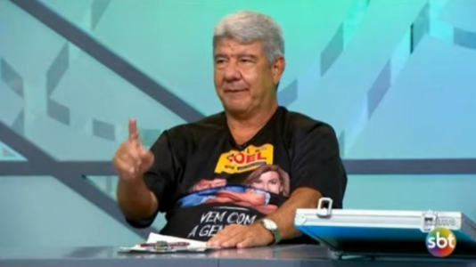 Joel diz que Domènec Torrent parecia que estava em um restaurante treinando Flamengo