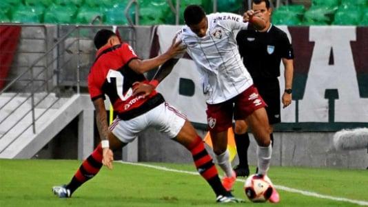 Na estreia de Roger, Fluminense derrota o Flamengo com um golaço e vence a  primeira no Carioca | LANCE!