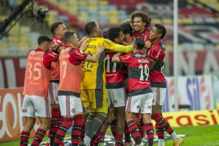 [ANÁLISE] Flamengo de Bruno Henrique e Renato faz cinco gols em 30 minutos e exibe repertório vasto