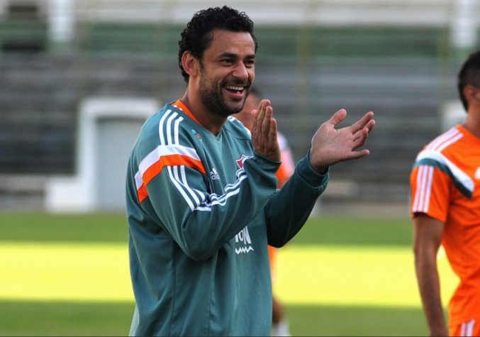 ba831ae854 Fred promete ficar no Fluminense mesmo após fim do contrato em 2018 ...