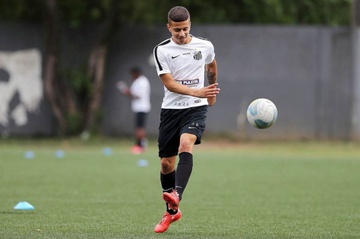 Matheus Oliveira, lateral do sub-20 do Santos