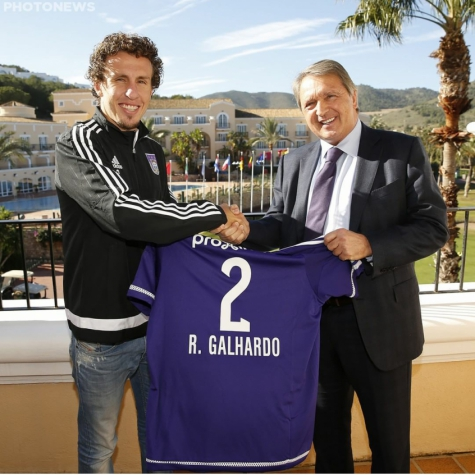 Galhardo lateral-direito Anderlecht