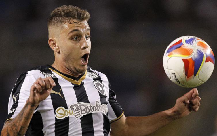 Oct�vio n�o joga nada e Botafogo tem 0% dos direitos dele. N�o libera por qu�?