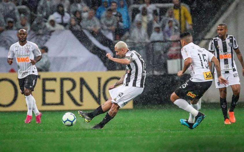 Corinthians x Atlético-MG - Vinícius