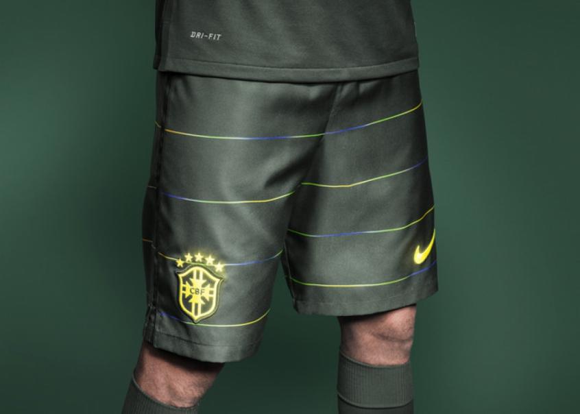 Nike apresenta terceira camisa da Seleção  4803b8412b178