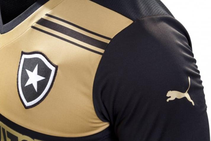 bc89c32a8263e Dourado é destaque do novo uniforme do Botafogo para 2014