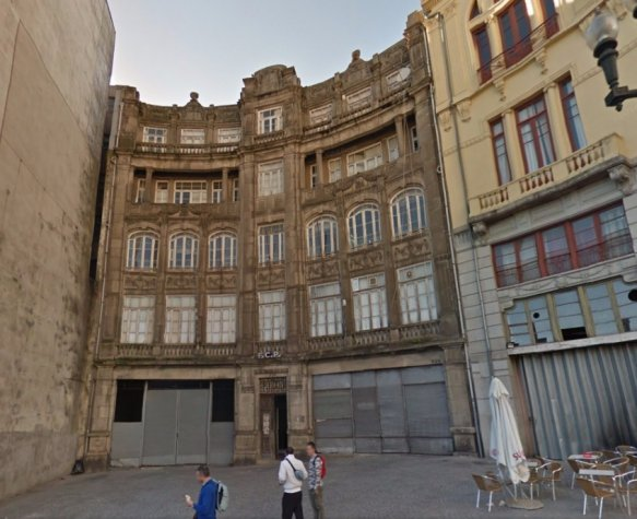 Edifício do Porto (Foto: Google Street View)