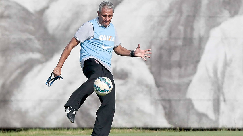 HOME - Treino do Corinthians - Tite (Foto: Ale Carbal/AGIF/LANCE!Press)