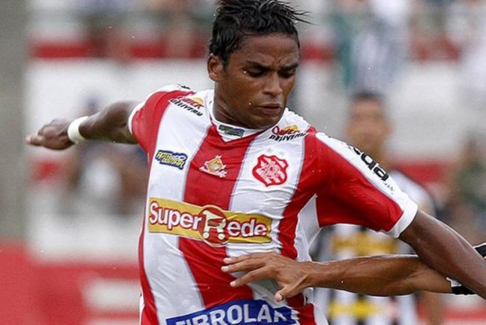 Almir faz dois, mas Bangu cede empate ao Madureira nos acr�scimos