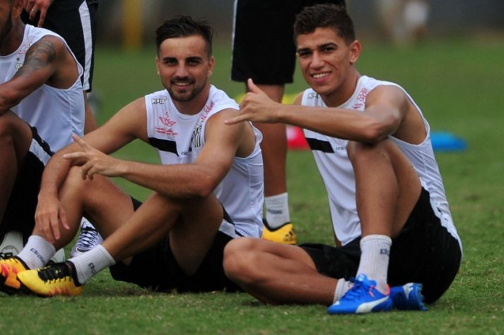 1abec5a3b1 Treino Santos Longuini e Vitor Bueno (foto Ivan Storti LANCE!Press)