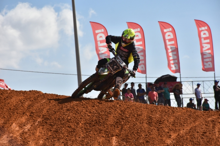 Tallys Nathan, 15 anos, compete na categoria Junior