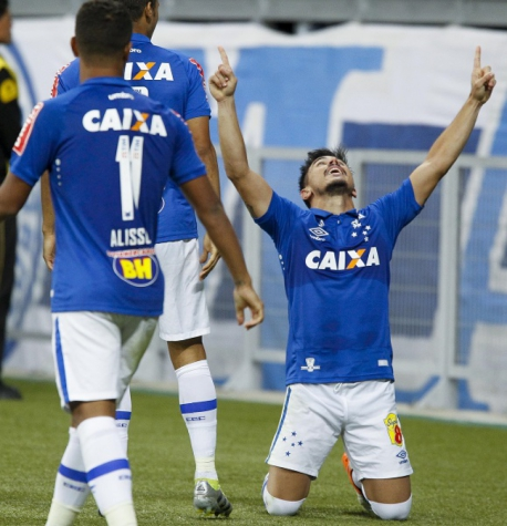 Willian, atacante do Cruzeiro (Foto: Washington Alves/Light Press/Divulgação/Cruzeiro)