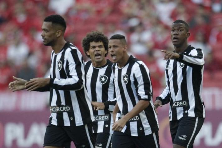 Um turno de Camilo  meia reencontra o Inter e prova importância no time. Camisa  10 ... e080f6340efa5