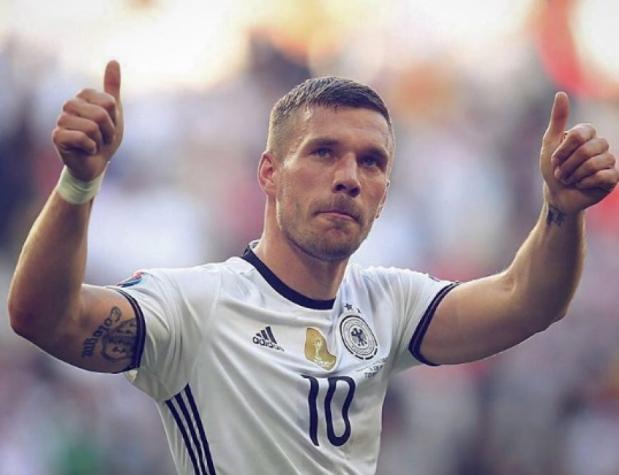 57d430644153c Podolski é convocado por Löw e fará sua despedida da seleção alemã ...