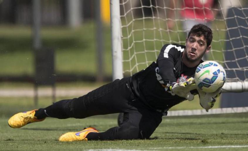 Problemas no gol: Timão pode jogar com seu 3º goleiro contra o Botafogo
