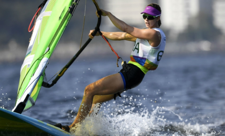 Patricia Freitas, velejadora da classe RS:X (Foto: William West/AFP)