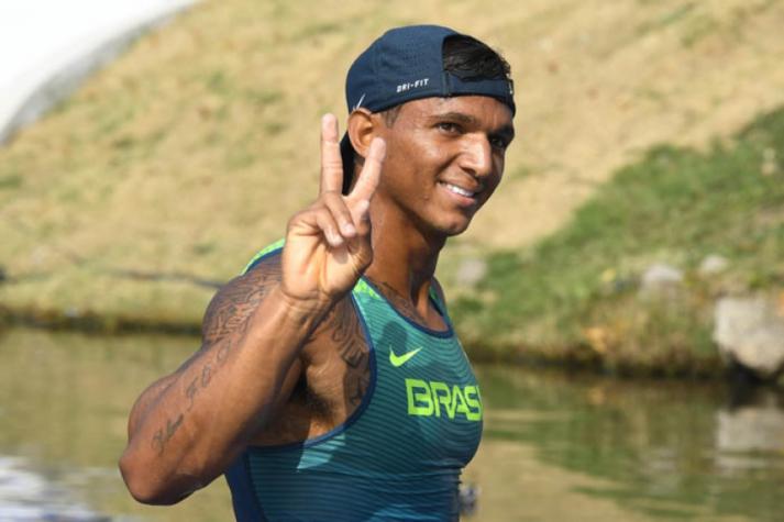 Isaquias Queiroz é campeão mundial sub-23