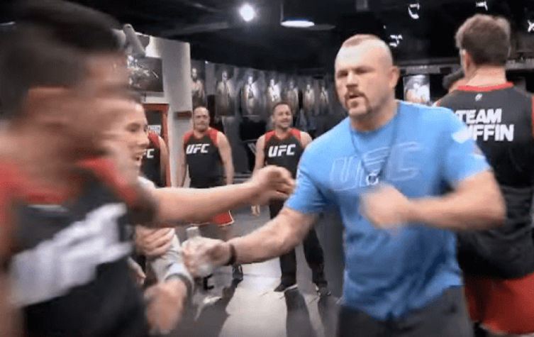 Chuck Liddell é um dos treinadores do The Ultimate Fighter América Latina 3