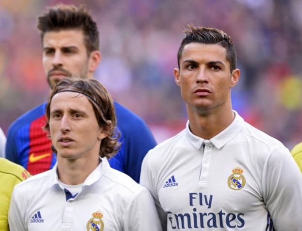 ... melhor jogador da Copa da Rússia. Cristiano Ronaldo 5b19fa381e4df