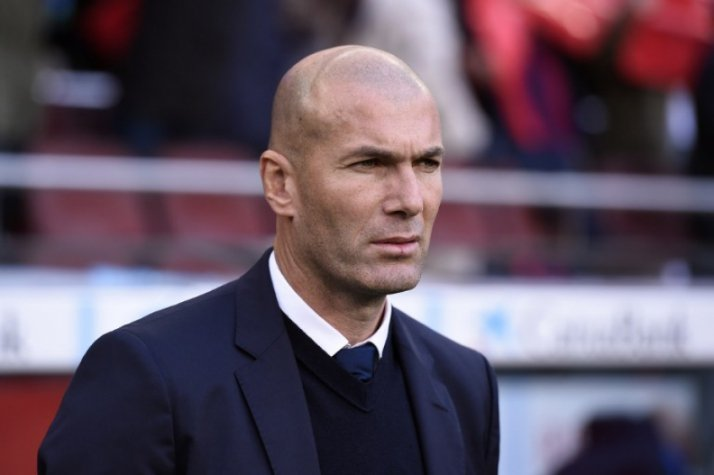 Zidane - Barcelona x Real Madrid