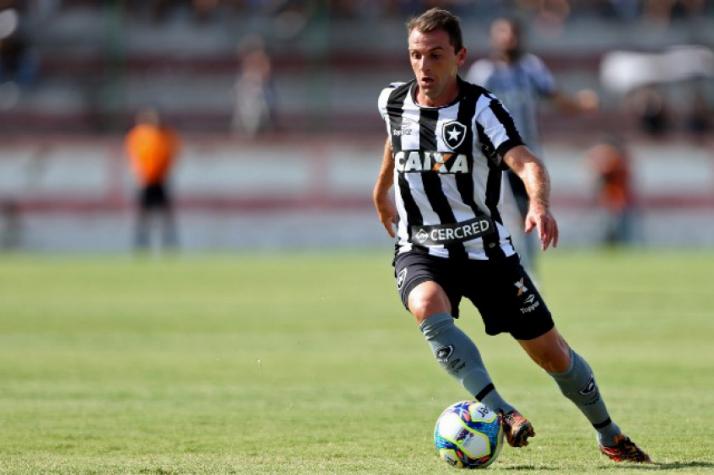 Acabou: Montillo pede e Botafogo aceita rescisão de contrato