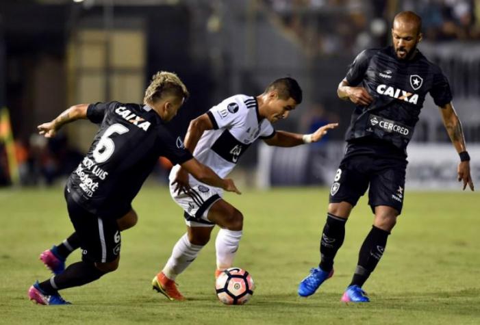 Bruno Silva lembra desprezo: &#39Tem que respeitar a tradição do Botafogo&#39