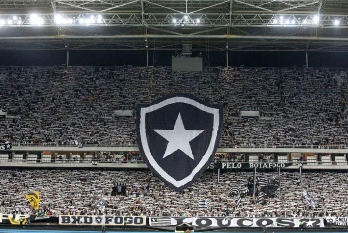 Nova parcial  Botafogo já vendeu 22 mil ingressos para jogo com o ... f02f555ec4301