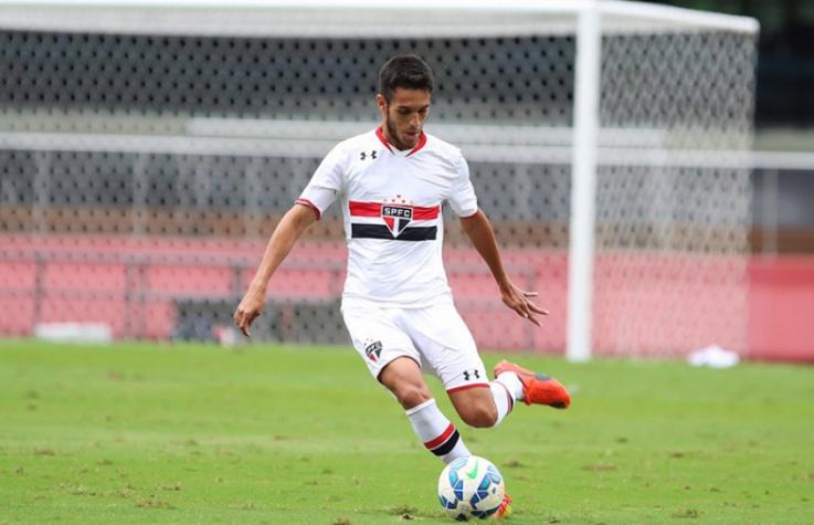 Aguirre relaciona zagueiro da base para próximo jogo do São Paulo ... eb89f3fe99e01