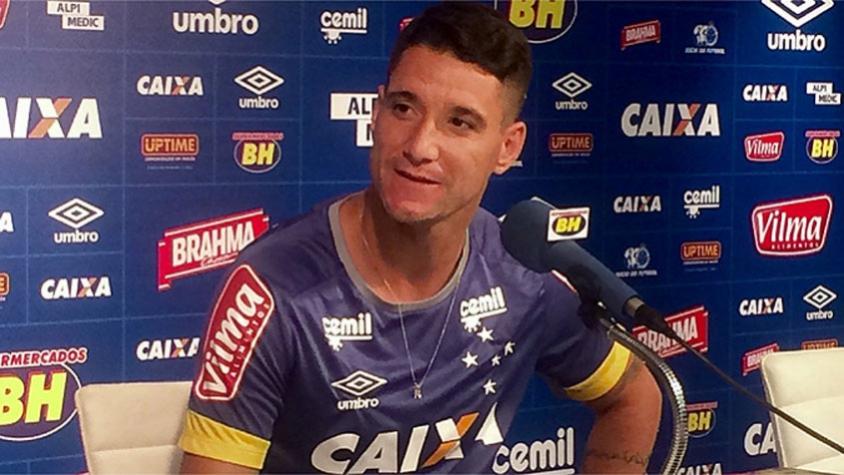 Thiago Neves usa rede social para comemorar aniversário de um ano no ... 8f413a80256e0