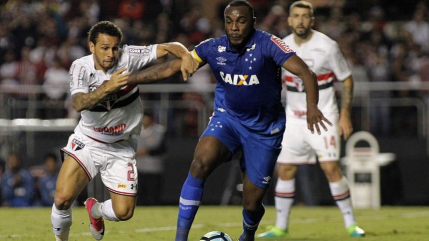 Manoel sofre fratura no pé esquerdo e ficará dois meses fora do Cruzeiro