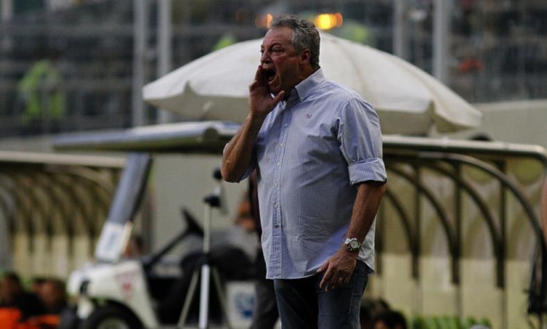 Abel Braga lamenta virada no fim: &#39O pior é sofrer os gols dessa maneira&#39