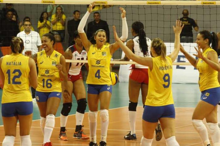 SELEÇÃO FEMININA  Brasil leva a melhor no segundo amistoso contra República  Dominicana f1726d60d03c4